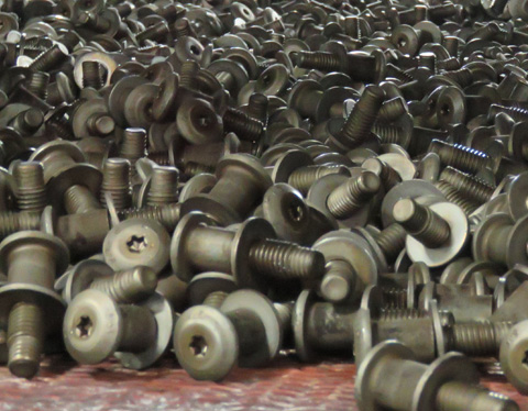 2015-10-27 Fasteners